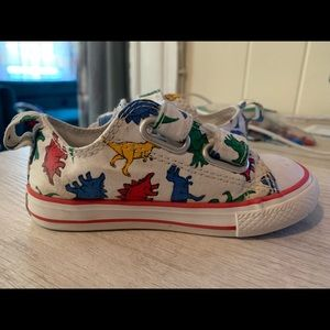 Toddler Converse Dinoverse shoes size 7c